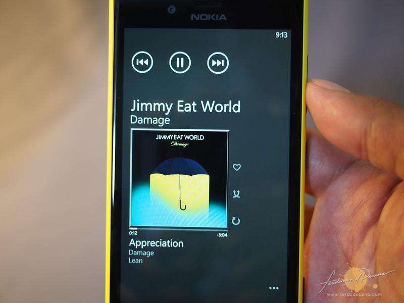 The Nokia Lumia 720 Music Player