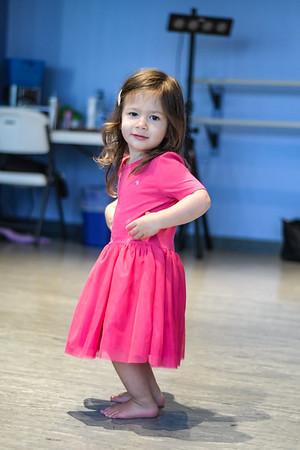Nora Dance030