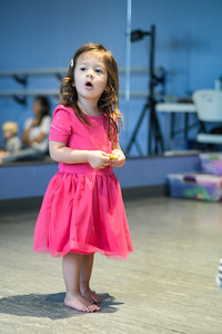 Nora Dance027