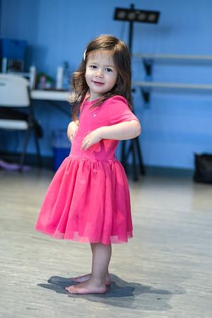 Nora Dance029
