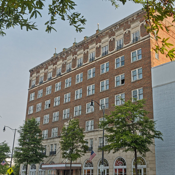 Fayetteville's Hotel Prince Charles