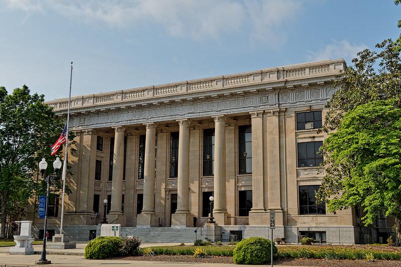 Smithfield's Johnston County Courthouse
