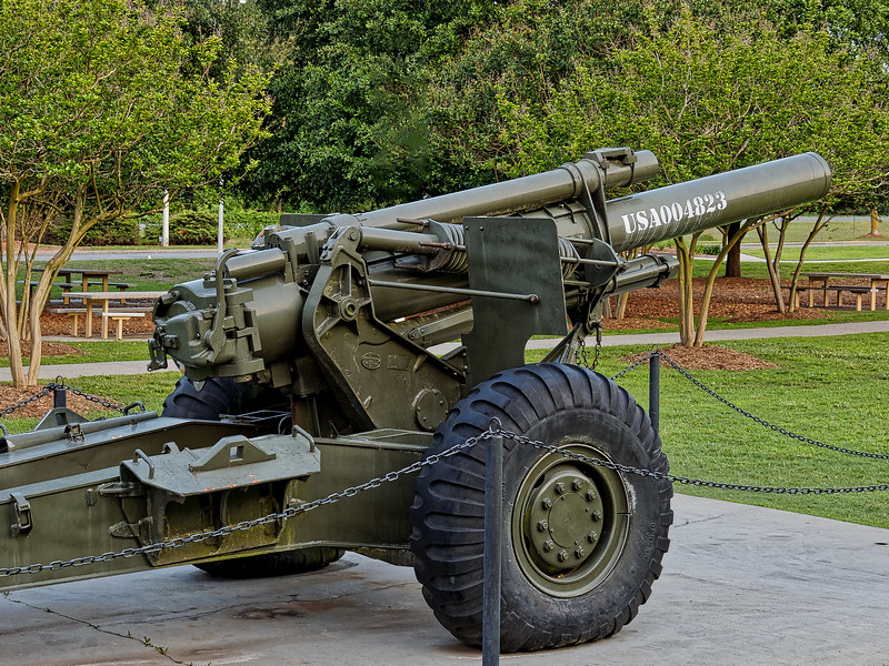 WWII 155mm Howitzer at Warsaw