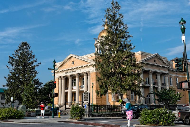"""Bearfootin Bears"" at Henderson County Courthouse"