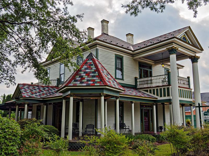 Preston Woodall House