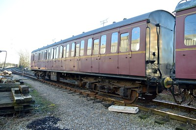 Ex Kings Cross Suburban coach E43172 BS    29/12/15