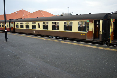 MK1 SO W4786 at Whitby Station.