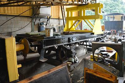 10t Crane Runner E273885 at Newbridge P-Way Depot.