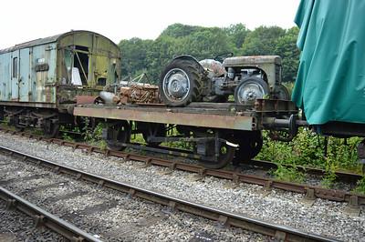 13t Lowfit B451885 at the siding between Pickering and Newbridge Yd.