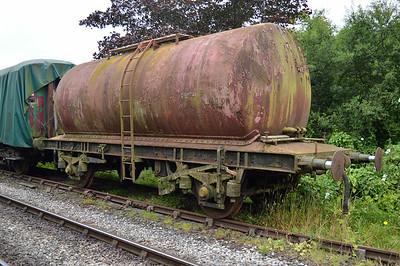 22t Oil Tank LP202 at the siding between Pickering and Newbridge Yd.