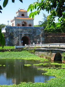 hue.. ancient capital of vietnam