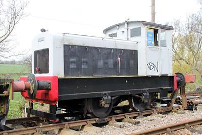 Ruston & Hornsby 4wDM No1/275886 Northampton & Lamport Railway 14/04/12.