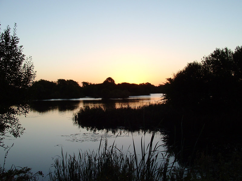 Sixfields lakes at dawn