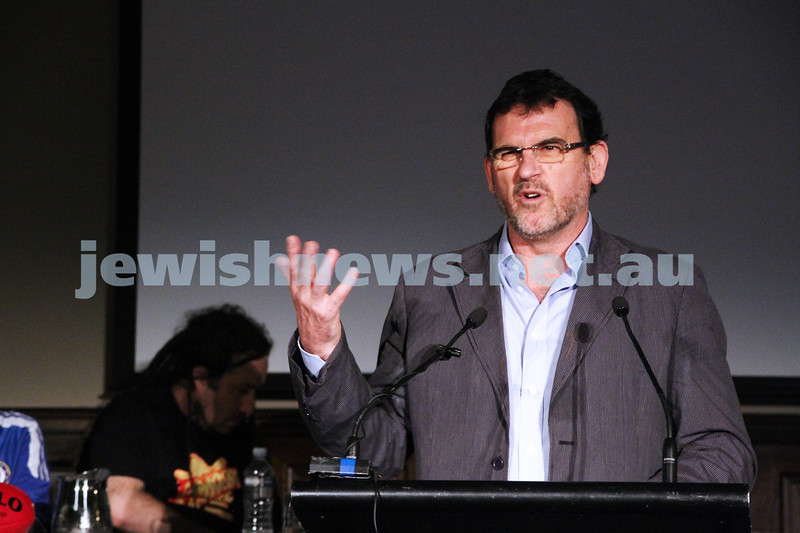 """2-6-13. The not so holy comedy debate. Melbourne Town Hall. """"Sport is not a religion"""".  Rev. Howard Langmead. Photo: Peter Haskin"""