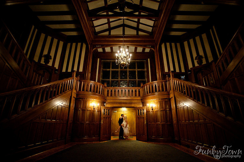 wedding-hatley-castle10a