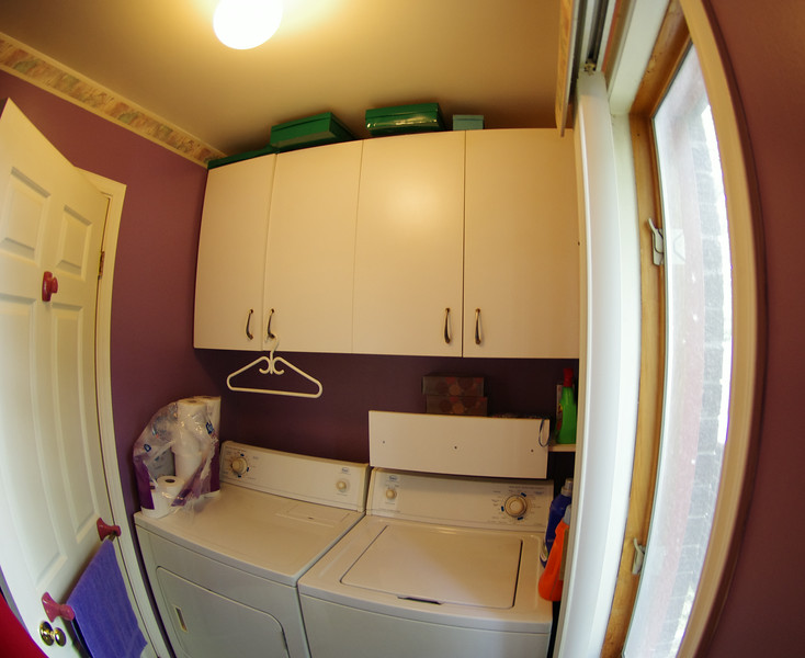 Laundry room - toilet