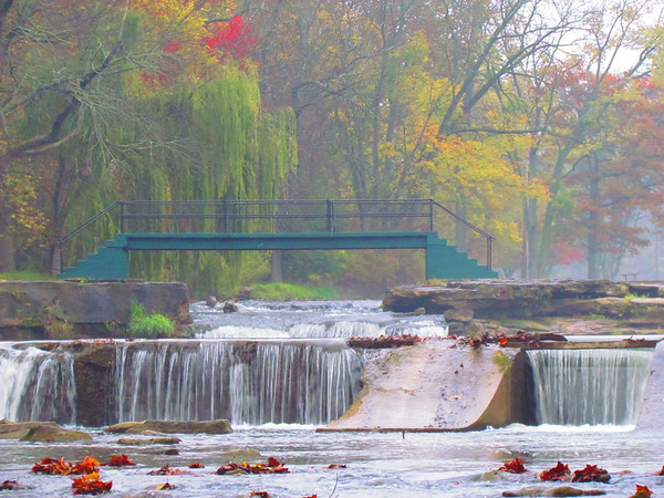 Falls Park on a late October morning.<br /> <br /> Photographer's Name: Brian Fox<br /> Photographer's City and State: Anderson, Ind.