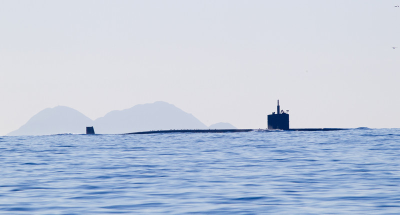 Nuclear Submarine  San Diego waters 2011 12 07 (6 of 6).CR2