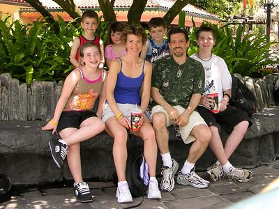20050514_DisneyTripDay2_Magic_080