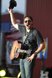 Eric Church at the Jamboree in the Hills 2011