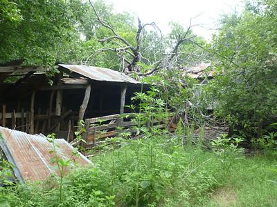 Lawrence Taylor's barn