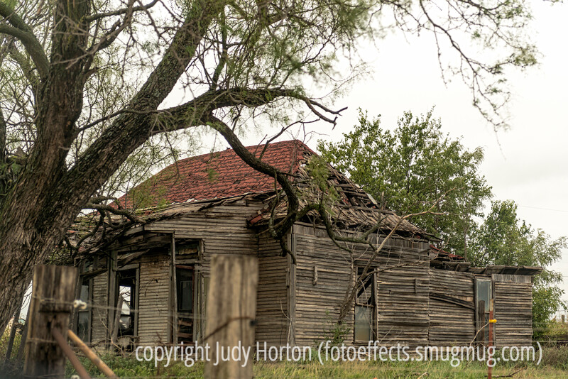 Decaying House in North Texas