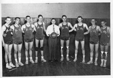 L-R  Carson Sampley, Donald Payne, Robert Mayse, Glen Payne, Tom Winters  R-L Cooper Dillon, Jimmy Payne.