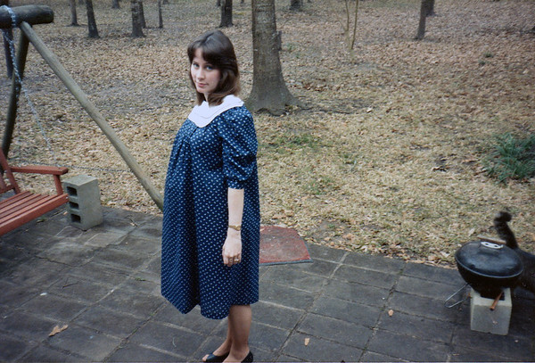 March 1987 5 5 months pregnant