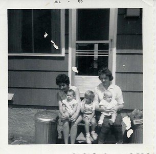Mary,Dawn, Jil, Aunt Shirley and David Phipps