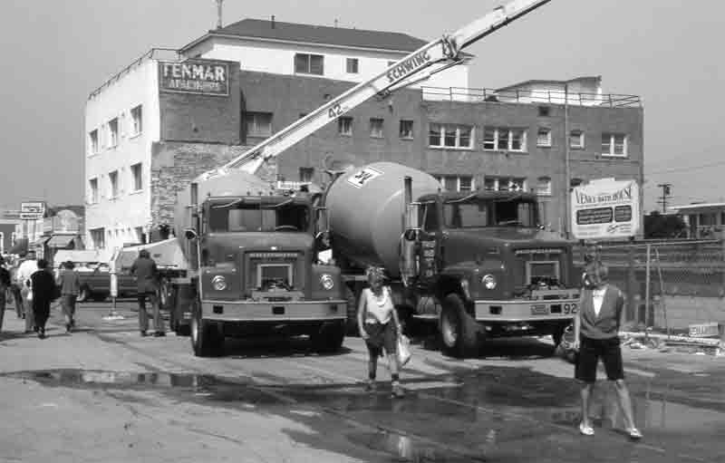 FENMAR+CEMENT-TRUCKS-'84-DE