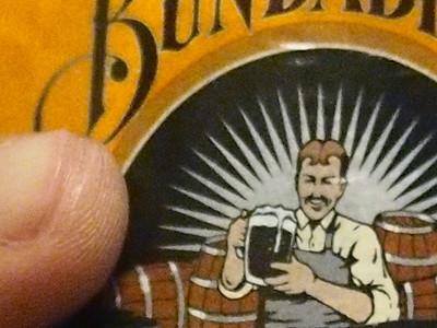 100% Crop of beer bottle