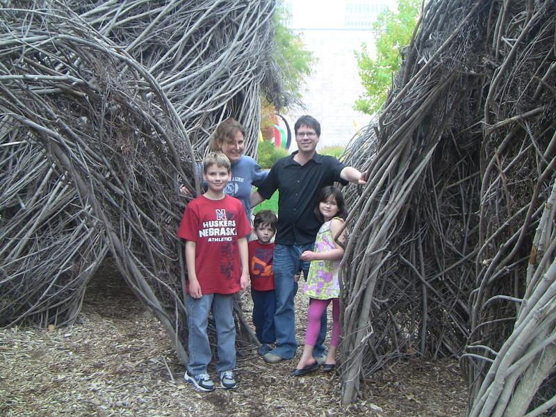 the Albracht clan in the garden of the Joslyn Museum, Omaha