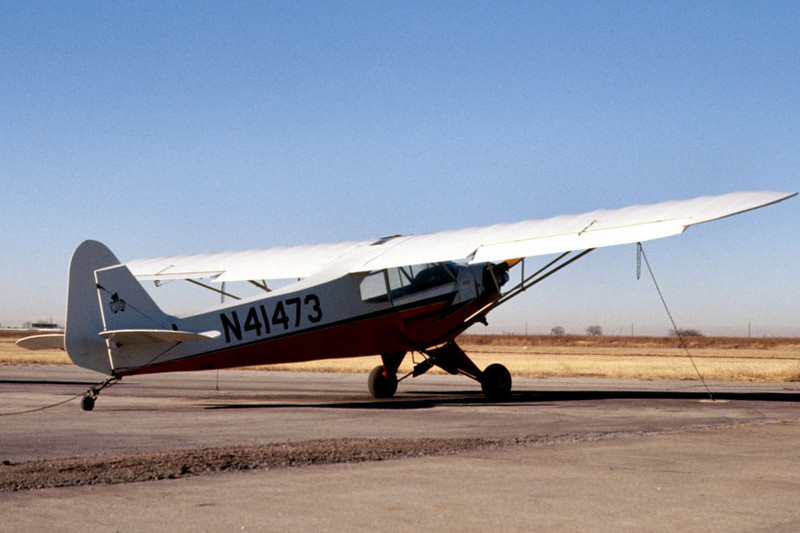 PIPER J3C CUB<br /> Grand Prairie Airport, Grand Prairie, Texas - November 1975<br /> <br /> I logged a lot of fun hours in this little baby. I sure would like to get my hands on it again.