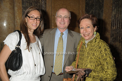 Julia Noran, Tony Manning, Carolle Thibaut Pomerantz photo by Rob Rich © 2009 robwayne1@aol.com 516-676-3939