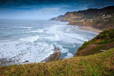 Oregon Coast at Devil's Punch Bowl