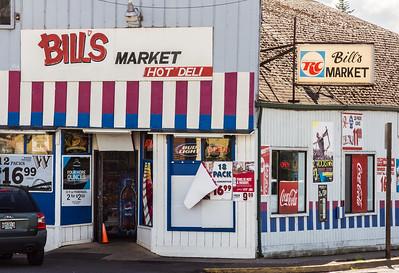 """Bill""""s Market, Lafayette, OR."""