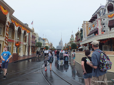 Main Street Cinderella's Castle Magic Kingdom 24-09-2013 14-52-05