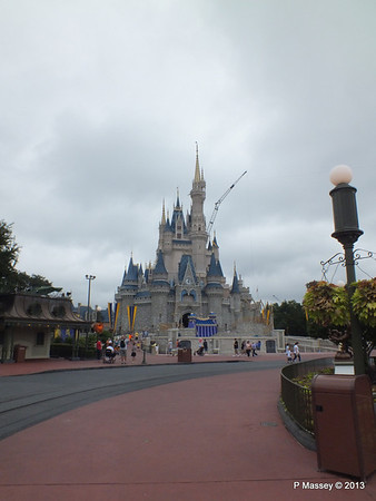 Cinderella's Castle Magic Kingdom 24-09-2013 17-20-38