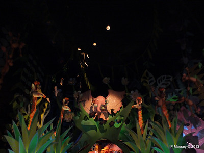 It's a Small World Magic Kingdom 24-09-2013 15-47-21