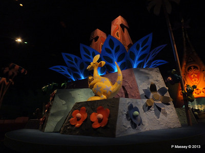 It's a Small World Magic Kingdom 24-09-2013 15-49-59