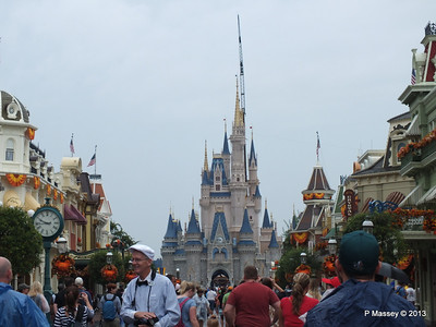 Main Street Cinderella's Castle Magic Kingdom 24-09-2013 14-52-17
