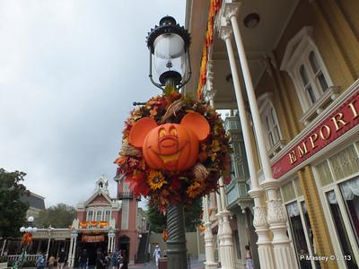 Halloween Mickey Magic Kingdom 24-09-2013 17-57-44