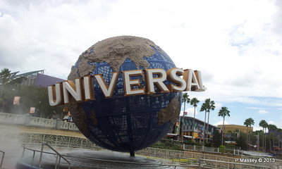 Universal Studios ball phone 22-09-2013 14-04-38