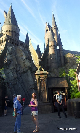 Harry Potter's Wizarding World phone 19-09-2013 08-06-03
