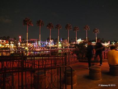 Universal CityWalk at Night 27-09-2013 00-57-13