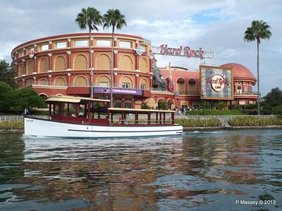 Water Taxi Hard Rock Cafe Universal Studios Florida 22-09-2013 13-53-34