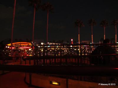 Universal CityWalk at Night 27-09-2013 00-57-41