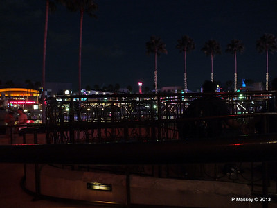 Universal CityWalk at Night 27-09-2013 00-57-49