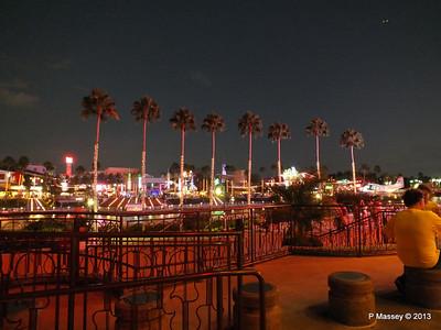 Universal CityWalk at Night 27-09-2013 00-57-07