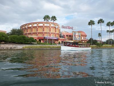 Water Taxi Hard Rock Cafe Universal Studios Florida 22-09-2013 13-53-32